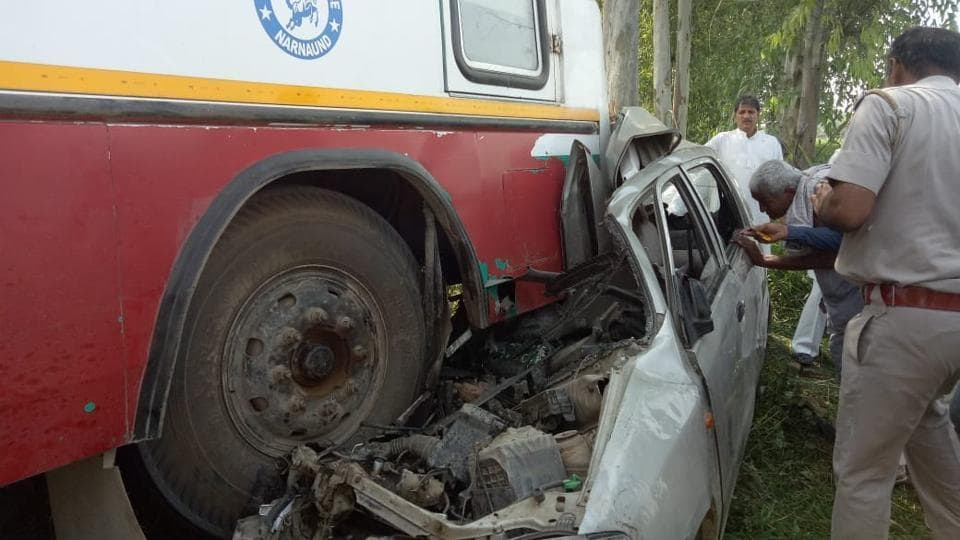 road accident,private bus,car