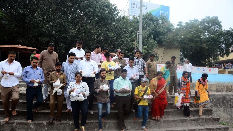 Pune,NGO Rashtriya Kala Academy.,unidentified people