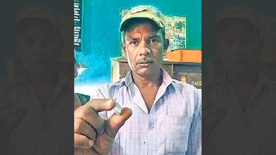 labourer finds diamond,Bundelkhand labourer,Panna diamond mining