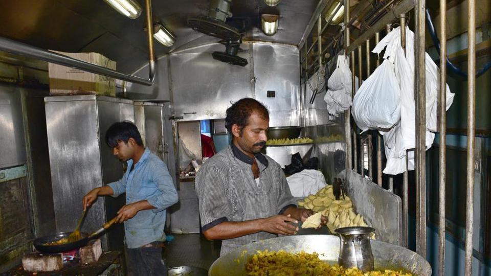 Railways,Satvik meals,vrat ka khana
