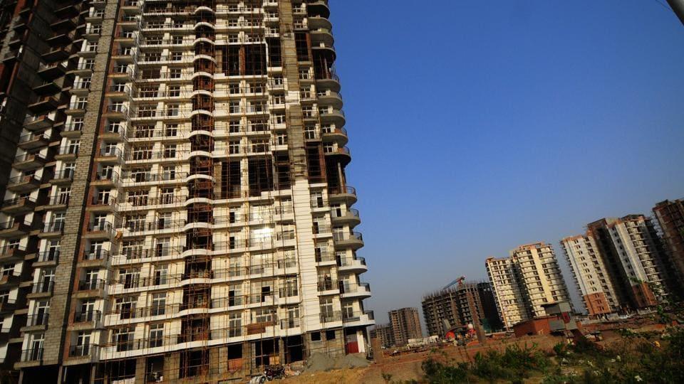 Under construction building Amrapali Platinum at Sector 119, Noida Extension.
