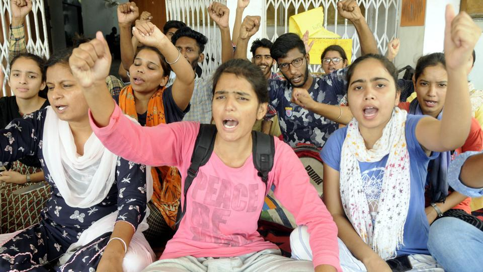 DSO activists holding a protest in front of the V-C office in Patiala on Wednesday.