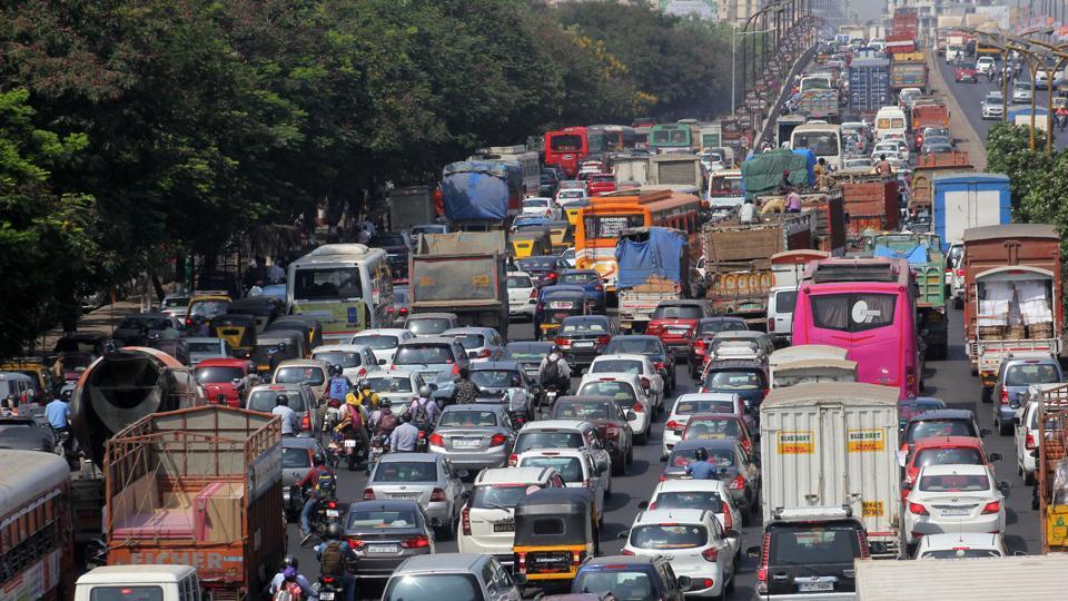 PWD,Mumbai traffic,Mumbai road