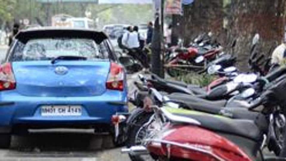 Pune,Mayor,Parking