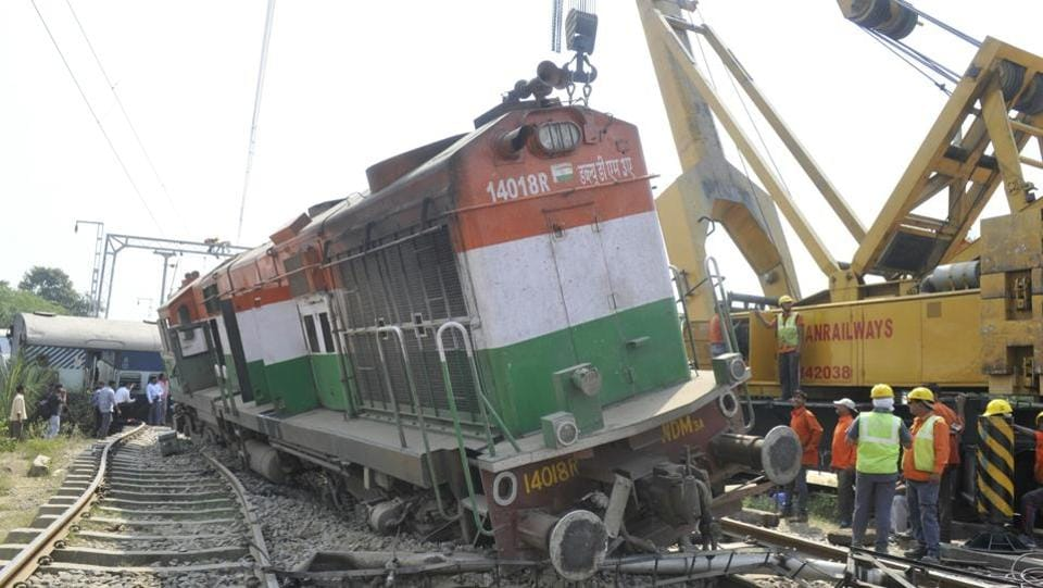 Seven people were killed and about 20 others injured after five coaches of Delhi-bound Malda-New Delhi Express derailed near Harchandpur, Uttar Pradesh. (Deepak Gupta / HT Photo)