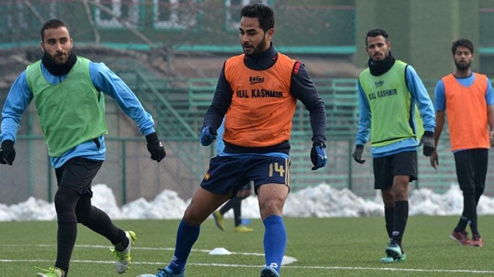 The fairy-tale football story: Scottish coach, Kashmiri team