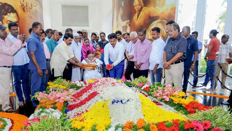 "Mohammed Muthu Meera Lebbai Maraikayar along with district collector and others pay homage to his brother the former president APJ Abdul Kalam on his 87th birth anniversary at Pei Karumbu, in Rameswaram. ""An exceptional teacher, a wonderful motivator, an outstanding scientist and a great President, Dr Kalam lives in the hearts and minds of every Indian. Remembering him on his jayanti,"" PM Modi tweeted. (PTI)"