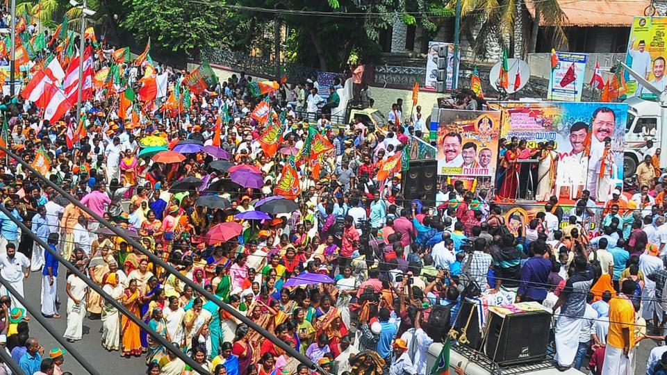BJP supporters during a rally outside state secretariat against the Supreme Court's verdict on Sabarimala Temple case, in Thiruvananthapuram on Monday.