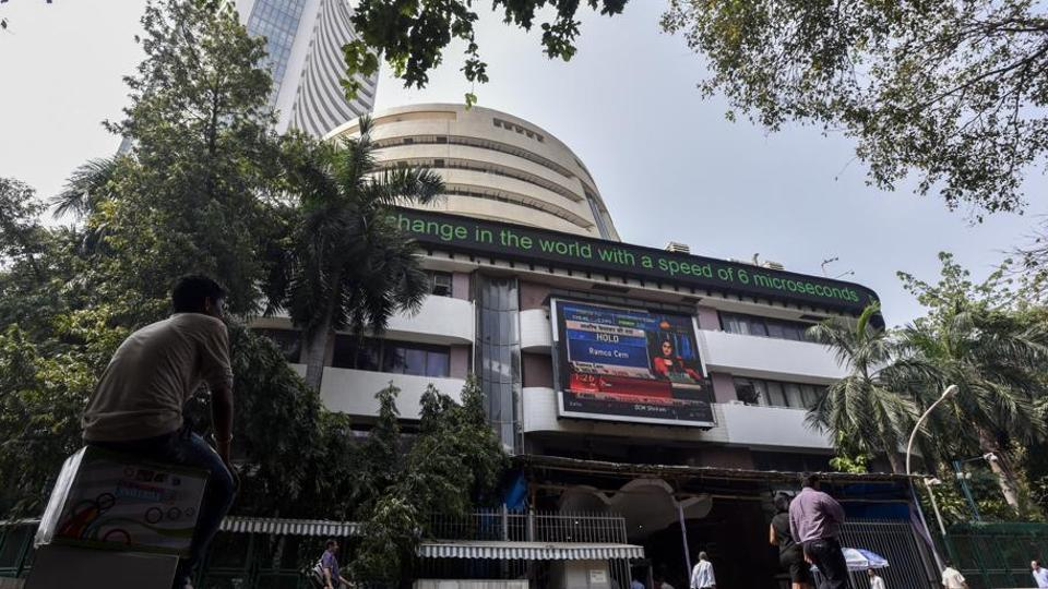 Sensex sheds 382 point over profit booking, crude oil prices