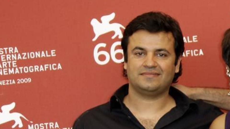 Vikas Bahl has filed a defamation suit against Anurag Kashyap and Vikramaditya Motwane.