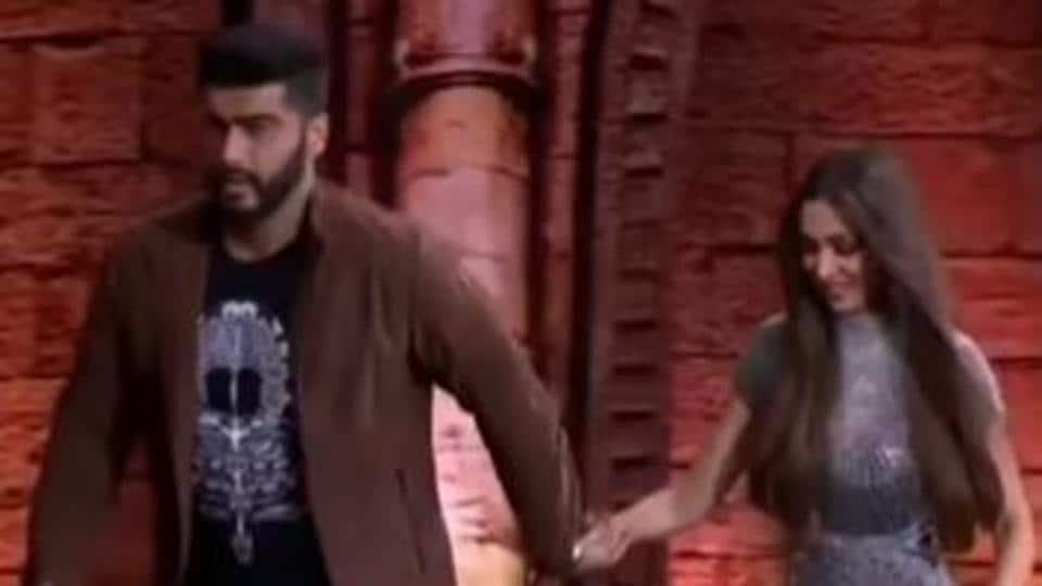Arjun Kapoor and Malaika Arora were seen twerking with an India's Got Talent contestant.