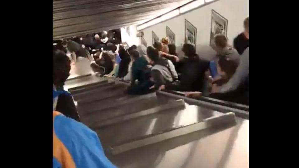Escalator Malfunction,Injured,Rome