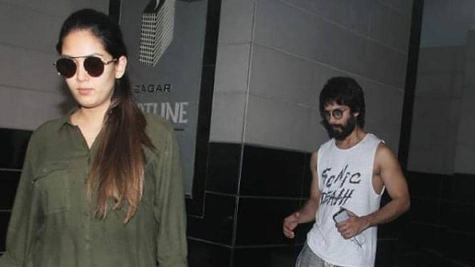 New mommy Mira Rajput steps out with husband Shahid Kapoor. See pics | bollywood