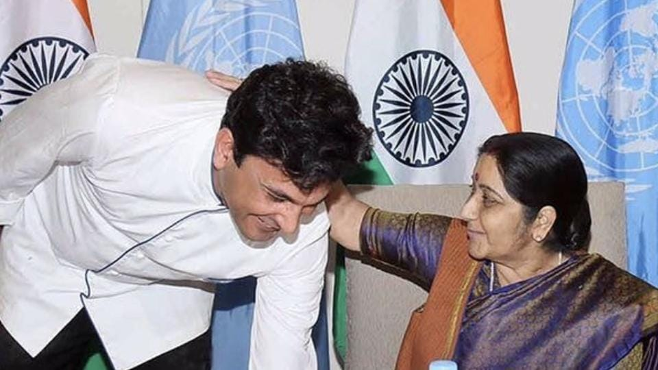 Sushma Swaraj with chef Vikas Khanna