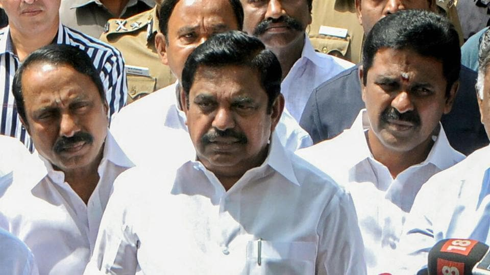 AIADMK,Edappadi K Palaniswami,TTV Dhinakaran