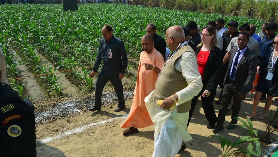Chief minister Yogi Adityanath looking at some of the exhibits at Krishi Kumbh 2018 in Lucknow.
