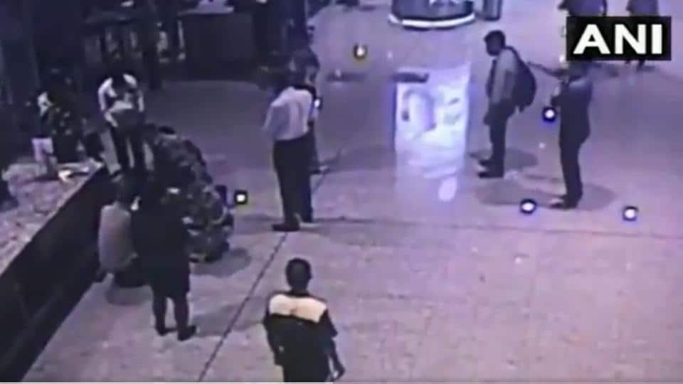 Mumbai airport,CISF,CPR