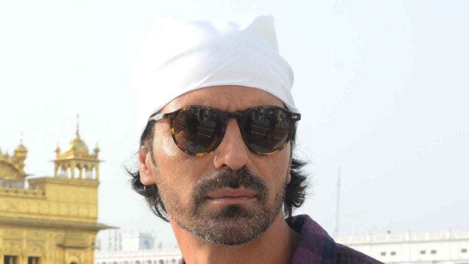 Arjun Rampal's mother Gwen has died of cancer.