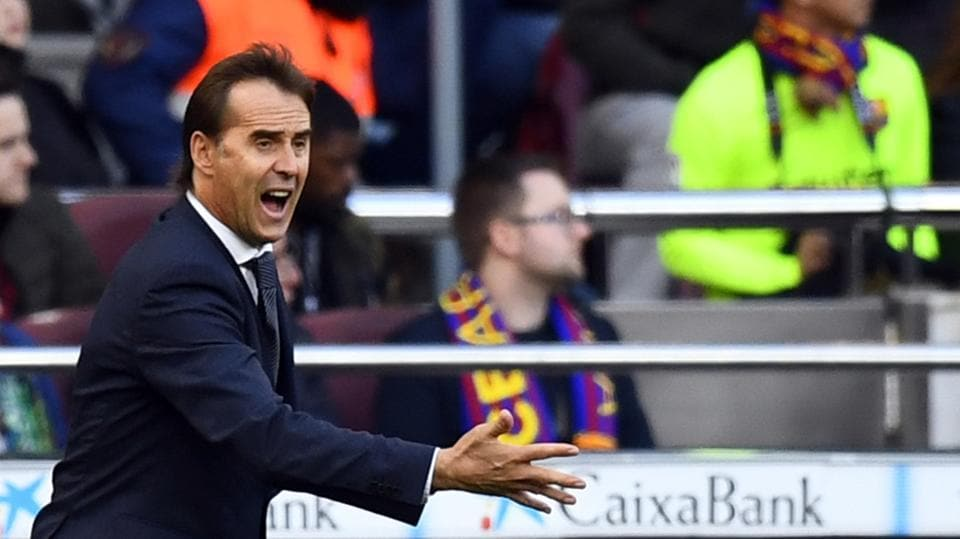 Real Madrid coach Julen Lopetegui gestures during the game against FC Barcelona.