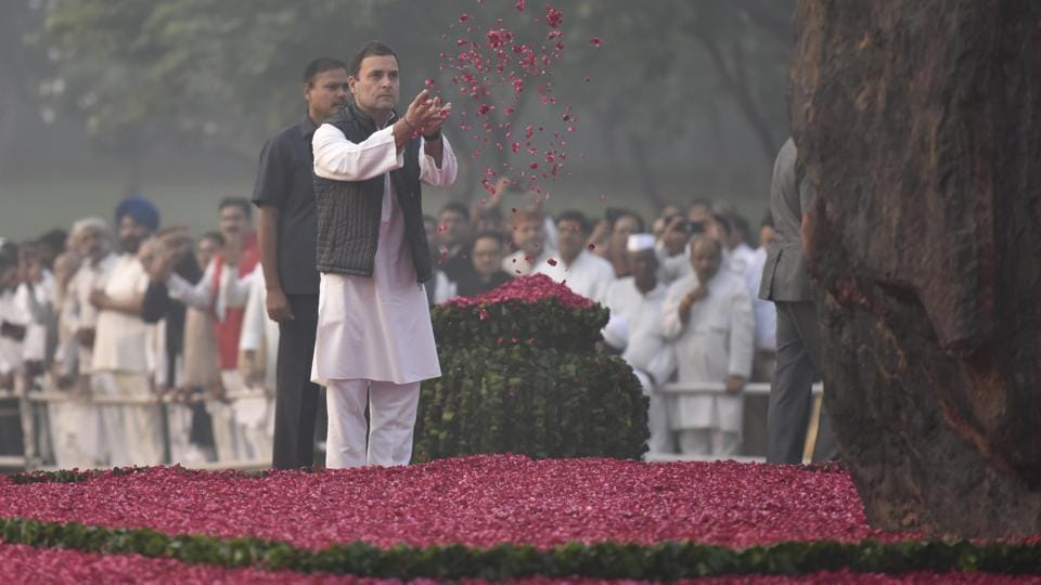 Congress President Rahul Gandhi pays floral tribute to former Prime Minister Indira Gandhi on her 34th death anniversary at Shakti Sthal in New Delhi. (Raj K Raj / HT Photo)