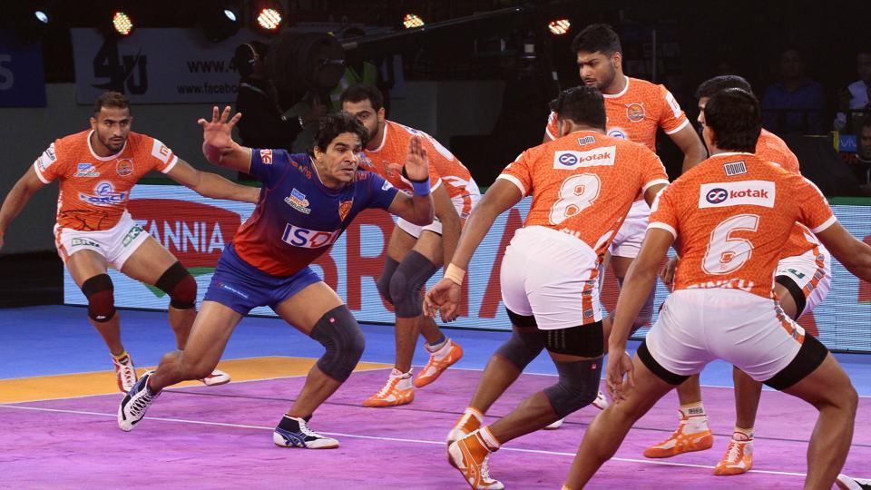 Puneri Paltan extend their lead at the top of the table.
