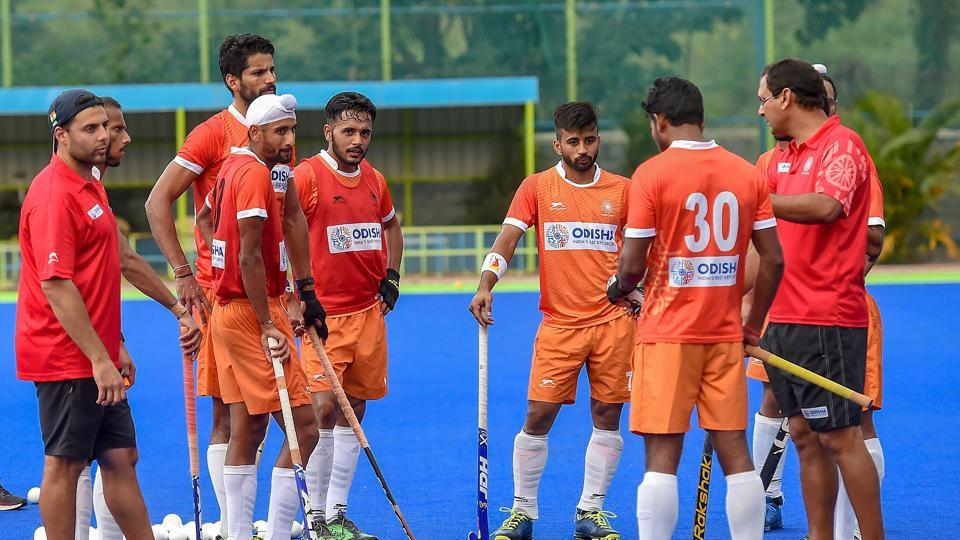 File image of India hockey coach Harendra Singh speaking to players during a training session.
