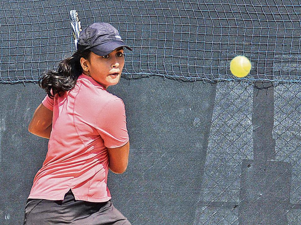 Akanksha Nitture in action during U-18 All India Tennis ranking tournament at Maharashtra Police Tennis Gymkhana, Aundh in Pune