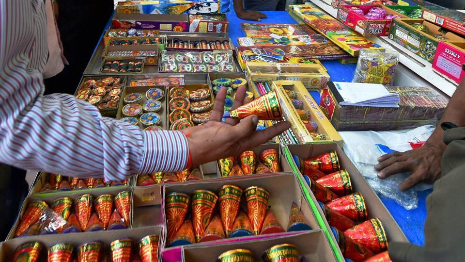 diwali,SC order on firecrackers,air pollution in Delhi