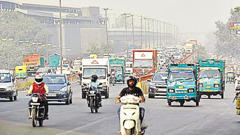 Bringing down the number of vehicles can reduce PM2.5 levels significantly,  past experiments have shown.