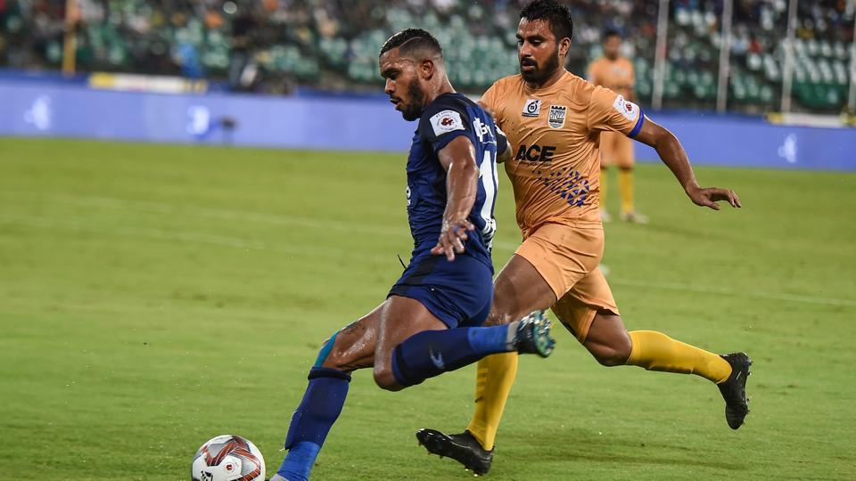 Chennai: Players of Chennaiyin FC and Mumbai City FC in action during the 5th season of Indian Super League (ISL) 2018 in Chennai, on Saturday, Nov. 3, 2018
