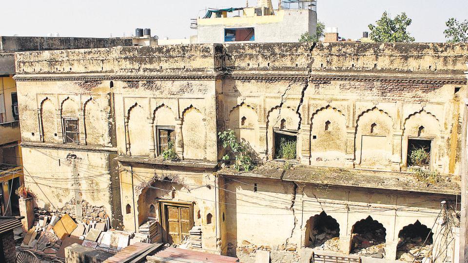 The Mahalwala haveli in Gurgaon gaon.