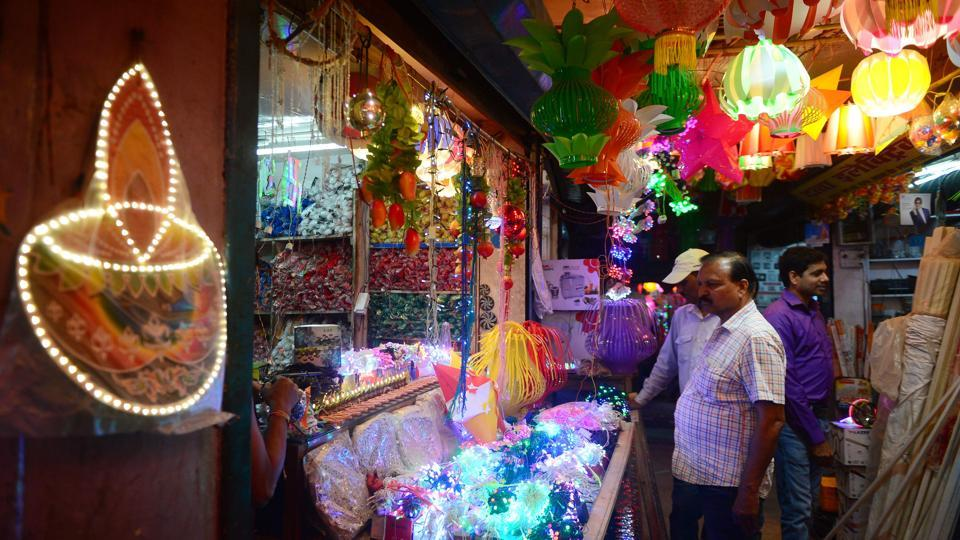 This Diwali Be Careful Of Those Tiny Lights That Decorate Your