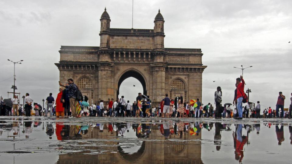 mumbai,hovercraft service from Gateway of India,navi mumbai
