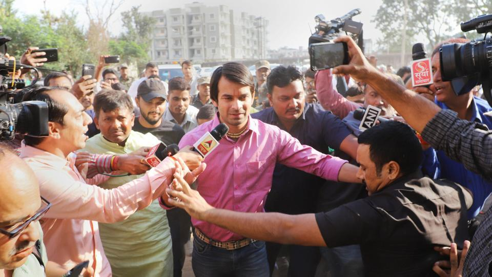 Former Bihar minister and senior RJD leader Tej Pratap Yadav arrives in Ranchi to meet with his father Lalu Prasad Yadav at Rajednra Institute of Medical Science (RIMS) on Saturday.