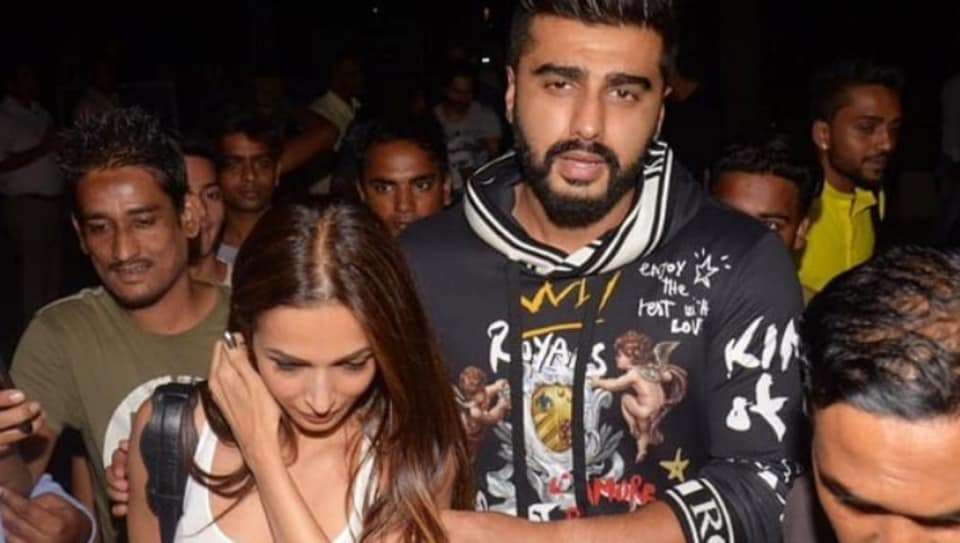 Arjun Kapoor and Malaika Arora spotted together at dinner.