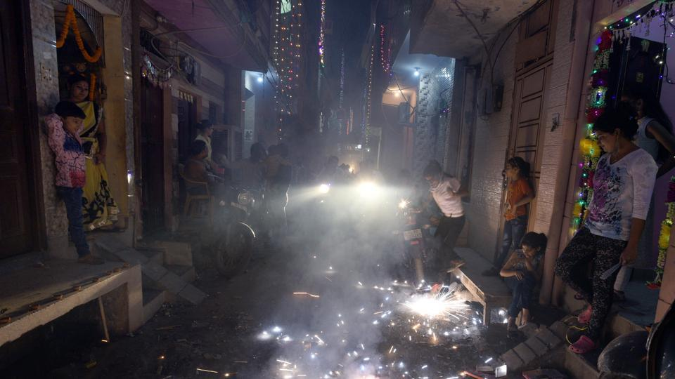 According to an SC directive, citizens are allowed to burst firecrackers only between 8pm and 10pm