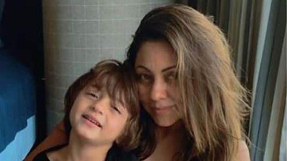 Gauri Khan, son AbRam twin in blue and white as they head out for an Alibaug beach party. See pics thumbnail