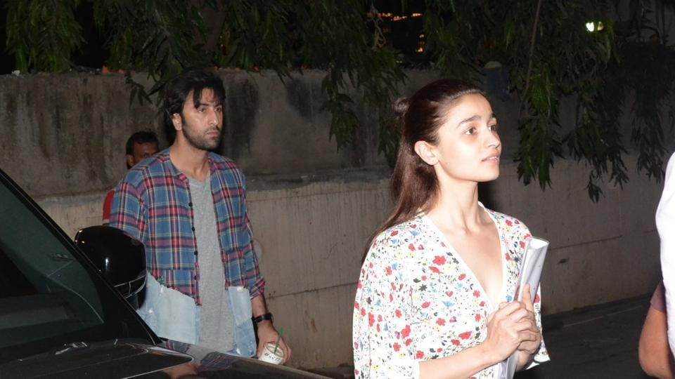 Ranbir Kapoor and Alia Bhatt were spotted outside a dance class at Khar.