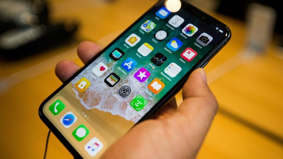 apple iPhone X,apple iphone X display issues,iphone X faulty screens