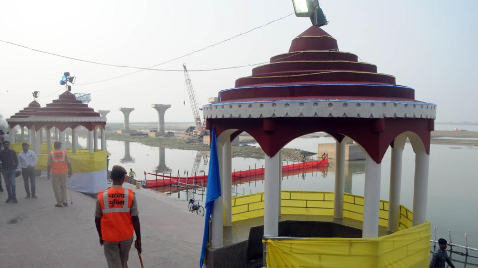 colour coded curtains,coloured curtains to mark safety level of ghats,Chhath festival