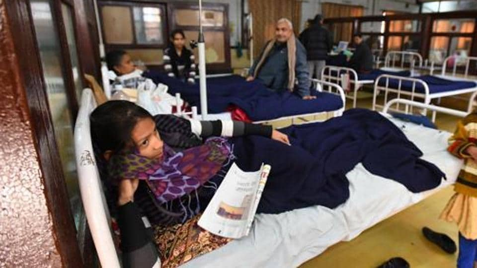 Patients from other states account for 30-40% of patients treated in large Delhi hospitals.