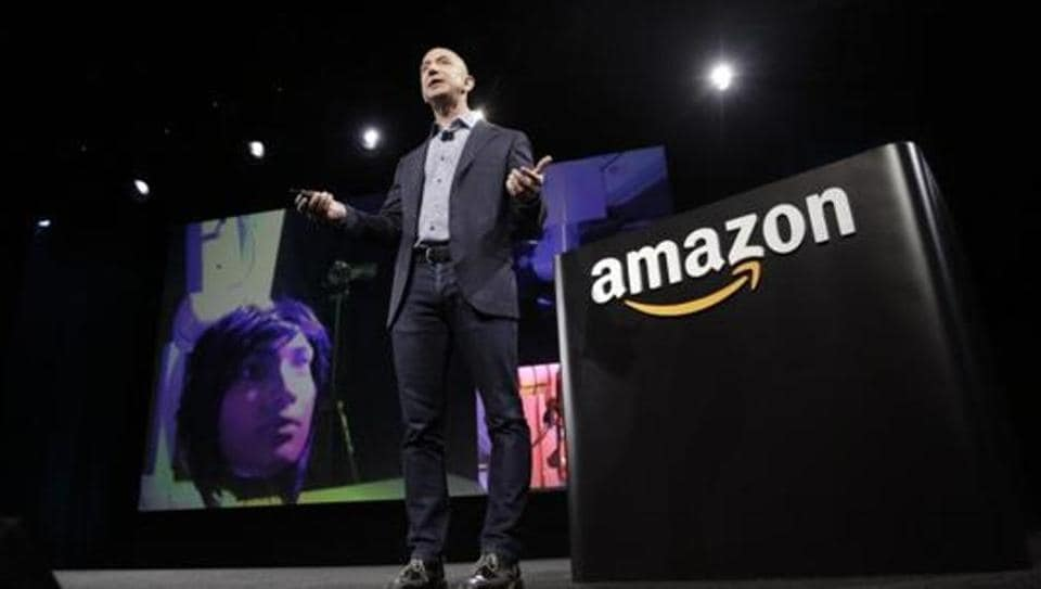 Amazon.com Inc plans to announce on Tuesday that it has selected New York and Northern Virginia as locations for its second headquarters, a source familiar with the matter told Reuters on Monday.
