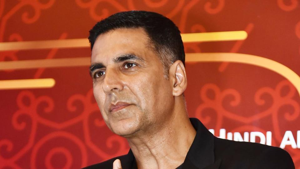 Kapil Sharma, Badshah, Guru Randhawa: Punjabi celebs come out in support of Akshay Kumar thumbnail
