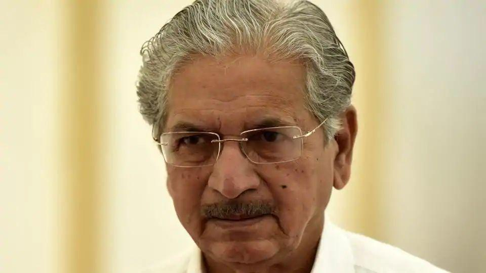 Senior Sena leader and industries minister Subhash Desai held a press conference to make the party's demands public.