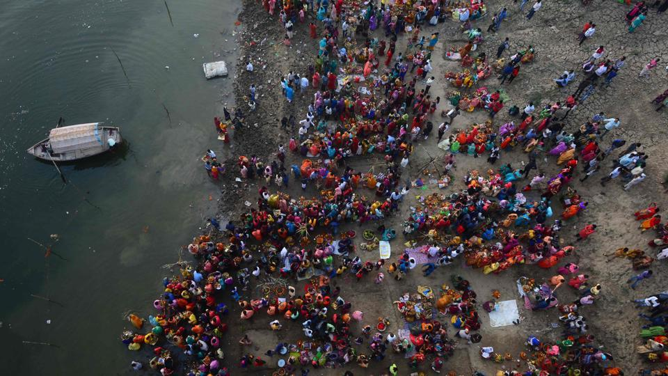 Devotees perform religious rituals on the banks of the Yamuna river in Allahabad. Chhath Parva, also called Chhath puja, Chhath, Chhathi, Dala Chhath and Surya Shasthi is a festival dedicated to the sun god (Surya bhagwan). (Sanjay Kanojia / AF / AFP)