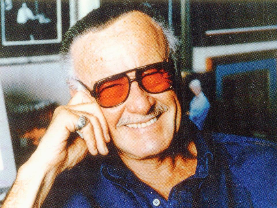 Stan Lee's family said goodbye in private service; tribute in works