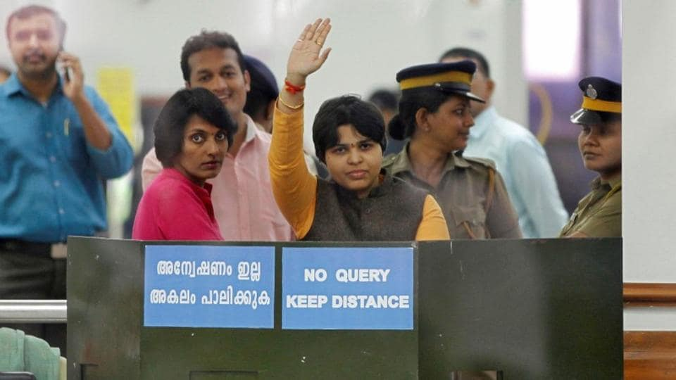 Women's rights activist Trupti Desai on Friday refused to return from the airport in Kerala's Kochi, where she has been blocked by protesting devotees of Lord Ayyappa for nearly 10 hours, as officials tried to talk her out of visiting the Sabarimala temple. Desai, along with six other young women associates, has vowed to offer prayers at the hill shrine, which will open in the evening for an annual pilgrimage. (Sivaram V / REUTERS)