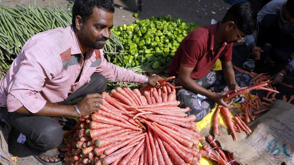 On Sunday, Agricultural produce market committee, Pune, received 160 trucks of vegetables.