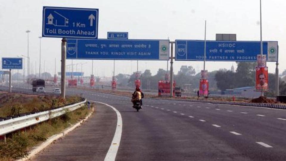 A view of Kundli Manesar Palwal Expressway.