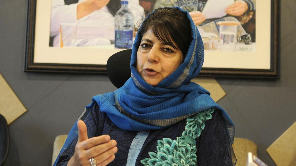 In thank you note to rival Omar Abdullah, Mehbooba Mufti's stinging jibe at BJP | india news | Hindustan Times